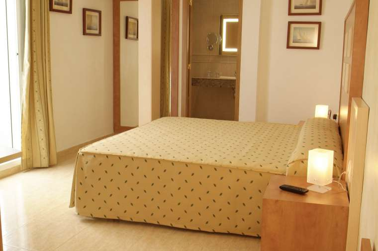 TTT-Jugendreisen-ab16 | Spanien | Calella | Hotel Internacional** 03