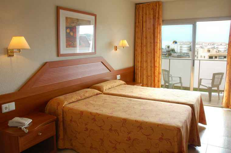 TTT-Jugendreisen | Lloret | Hotel Royal Star****