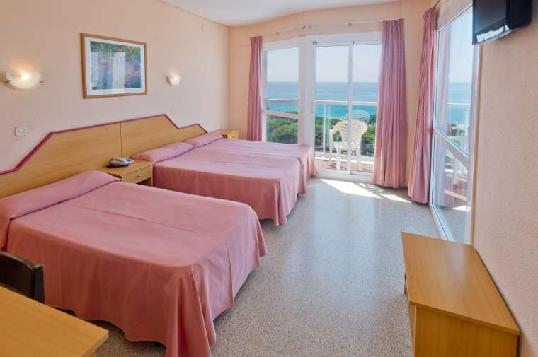 TTT-Jugendreisen-ab 14 | Spanien | Malgrat | Hotel Cartago Nova*** 02