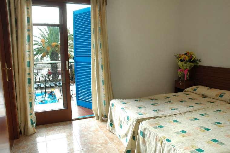 TTT-Jugendreisen-ab16   Spanien   Malgrat   Hotel Planamar*** 0